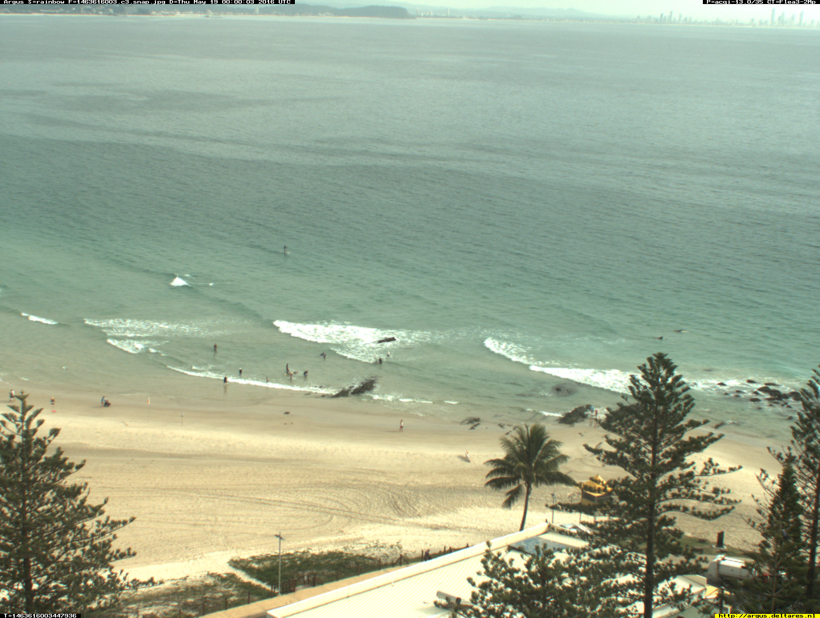 Rainbow Bay webcam - Rainbow Bay - Snapper Rocks 3 webcam, Queensland, Gold Coast